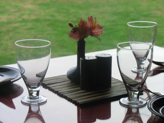 table-for-three-sterling-resort-ooty